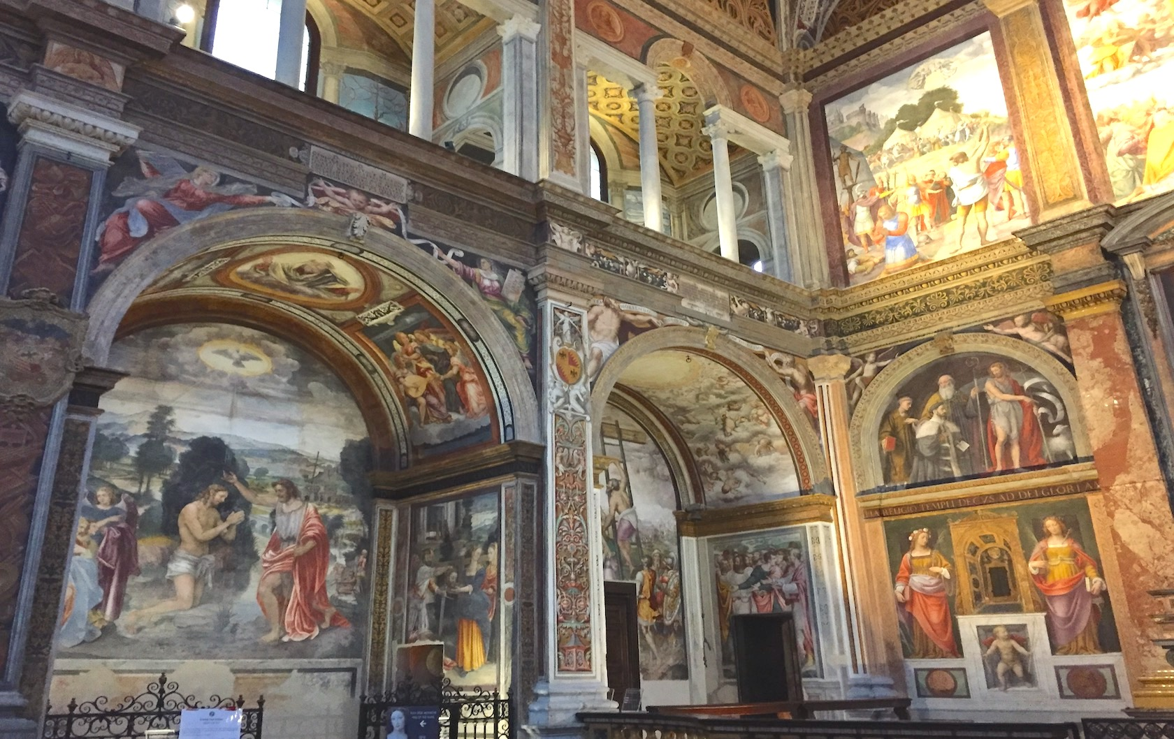 One Step Closer to Paradise : the Heavenly Frescoes at San Maurizio Church in Milan